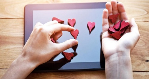 What give likes on Instagram: why put, what are the benefits